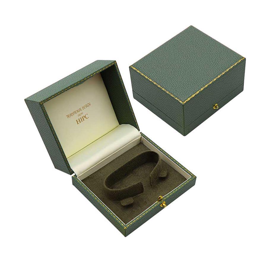 C17 Bracelet Case