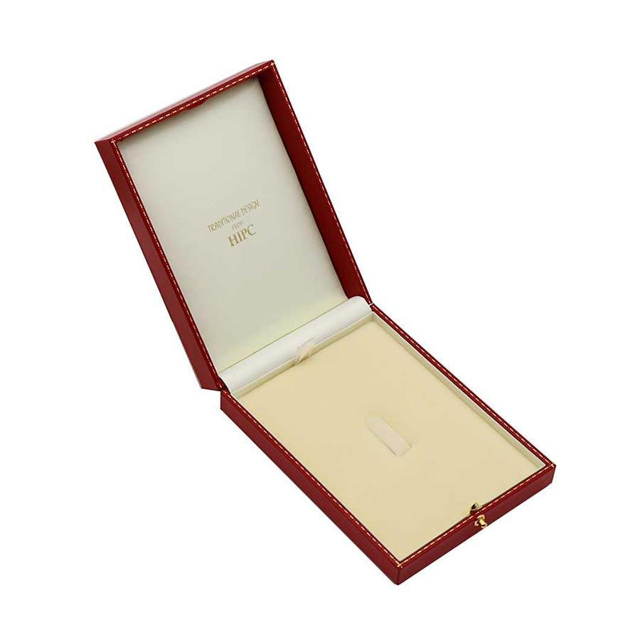 Large Brooch Case C34