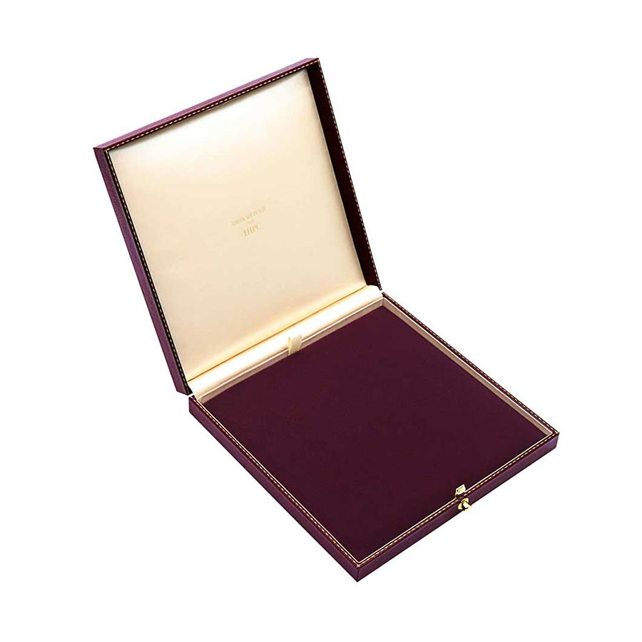 Necklace Case C65