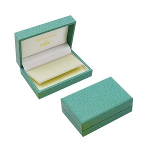 P08 Small Flap Earring Case